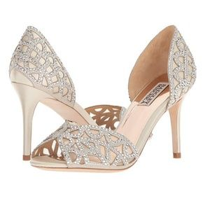Badgley Mischka Women's Harris Pump